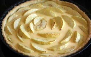 tarte-aux-pommes-crème-prise